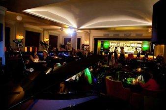 piano bar-2