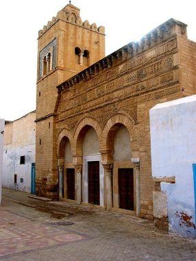 Kairouan mezquita tres puertas-2